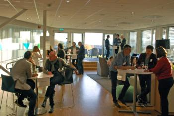 After the first academic conference day, project participants had the opportunity to network in a speed dating session