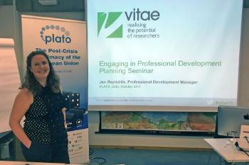Jen Reynolds of Vitae introducing PhD researchers to professional development planning